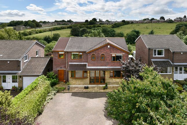 Thumbnail Detached house for sale in Highlands, Liversedge
