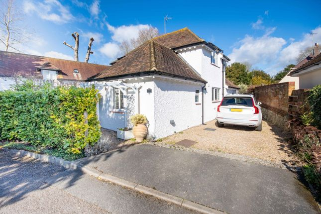 Thumbnail Detached house for sale in The Moat, Charing