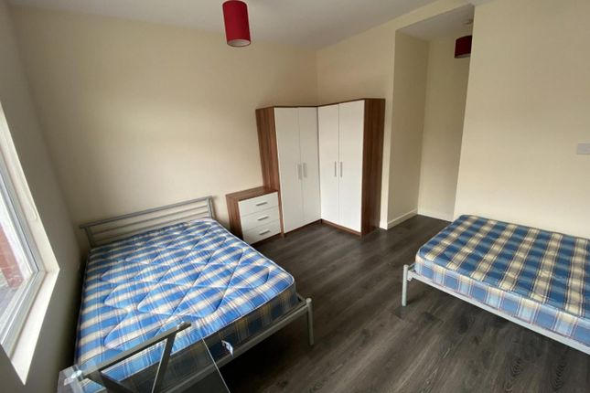 Bedroom of Cawdor Road, Fallowfield, Manchester M14