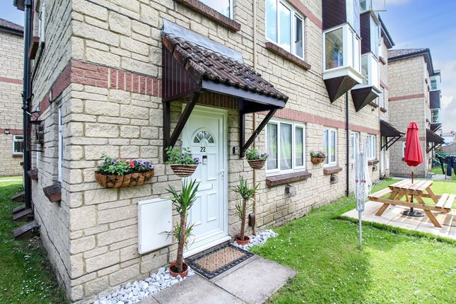 1 bed flat for sale in Imberwood Close, Warminster BA12