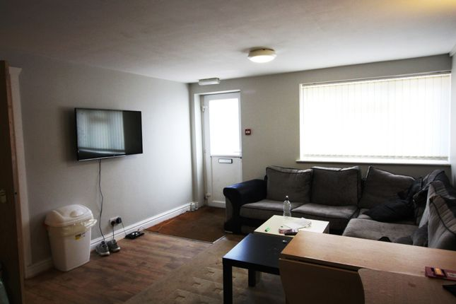 Thumbnail Flat to rent in Rhymney Terrace, Cathays