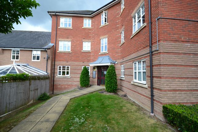 Thumbnail Flat to rent in Shillingford Close, Mill Hill