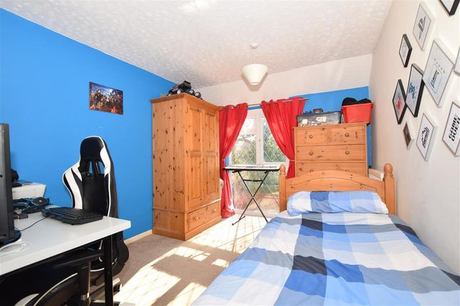 Bedroom 2 of Grasslands, Langley, Maidstone, Kent ME17