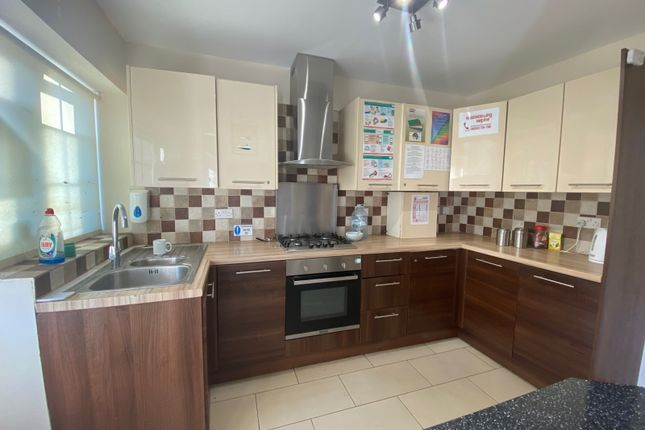 Thumbnail Semi-detached house to rent in West Way, Heston, Hounslow