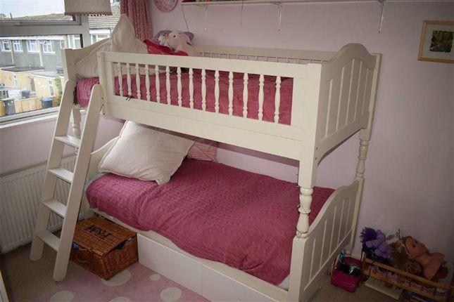 Queens Crescent Chippenham Wiltshire Sn14 3 Bedroom Terraced House For Sale 46153929