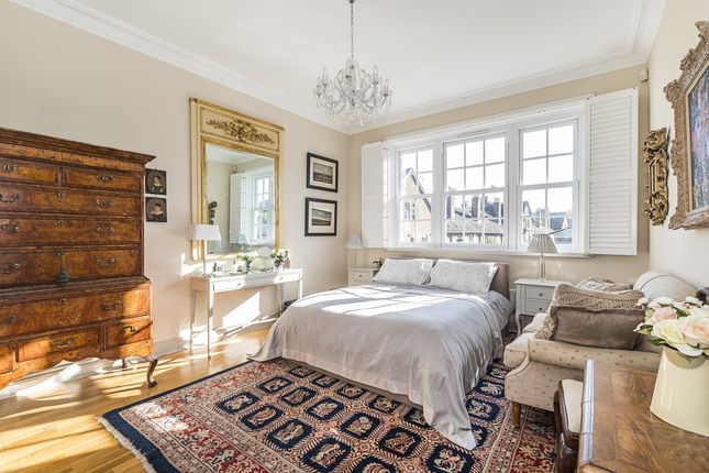 Bedroom of Kew Foot Road, Richmond TW9