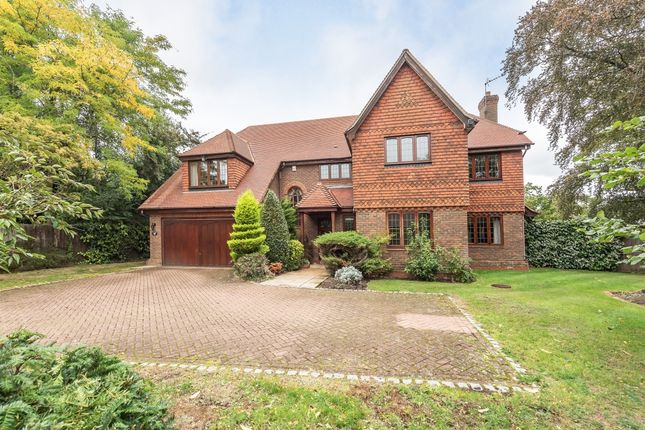 Thumbnail Detached house to rent in Hibberts Way, Gerrards Cross