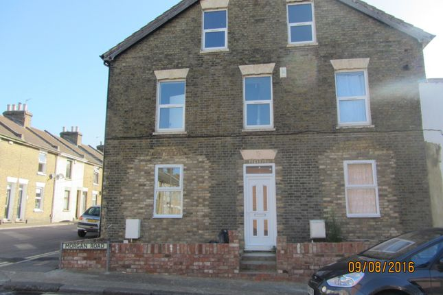 Thumbnail Terraced house to rent in Montfort Road, Rochester, Kent
