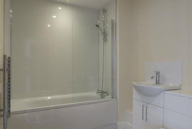 Bathroom of Gower Street, Derby DE1