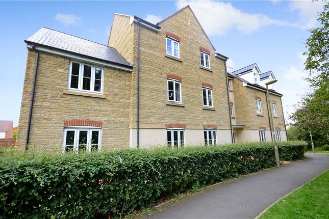 Thumbnail Flat for sale in Walker Drive, Faringdon
