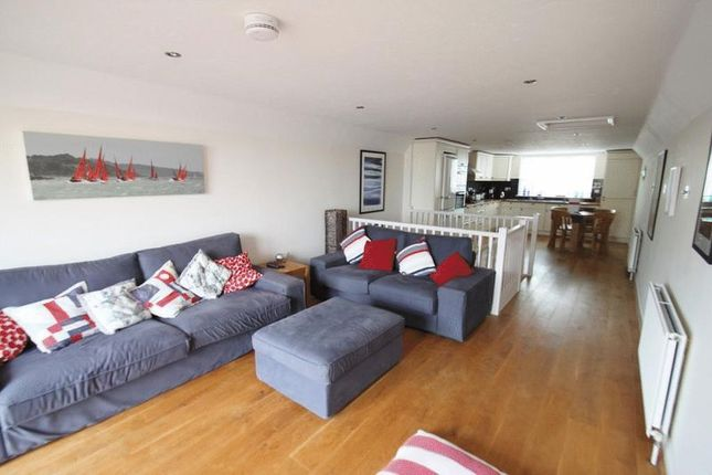 Thumbnail Terraced house to rent in Westhill Road, Cowes