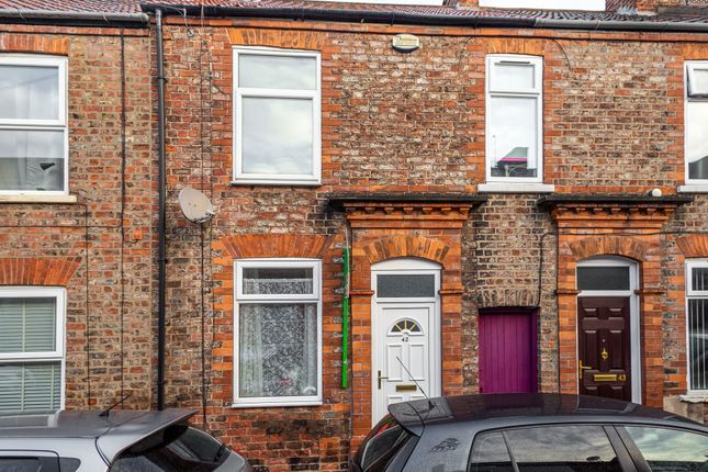 2 bed terraced house to rent in Wellington Street, York YO10