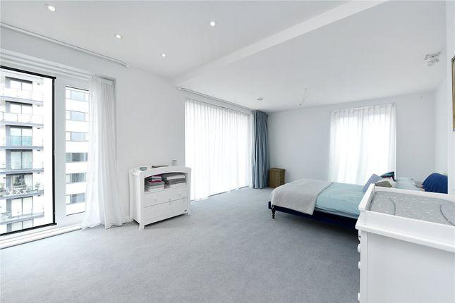 Bedroom of Drew House, 21 Wharf Street, London SE8