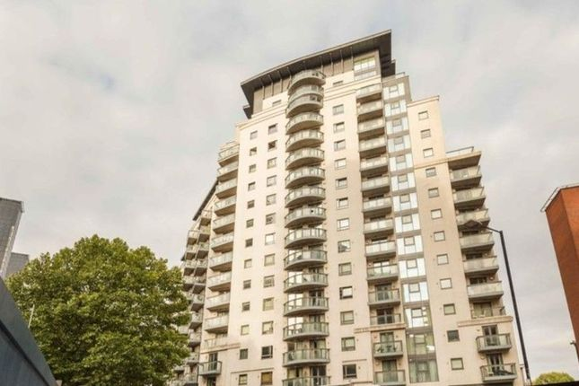 1 bed flat for sale in Limeharbour, London E14