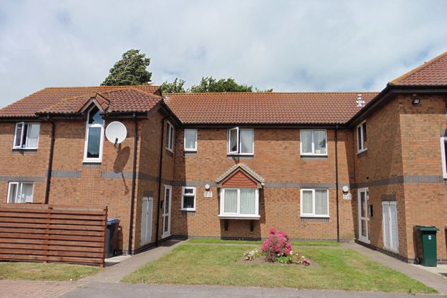 Thumbnail Flat for sale in Walcheren Close, Deal