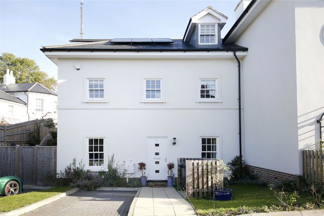 Thumbnail Semi-detached house to rent in Gayfere Place, London
