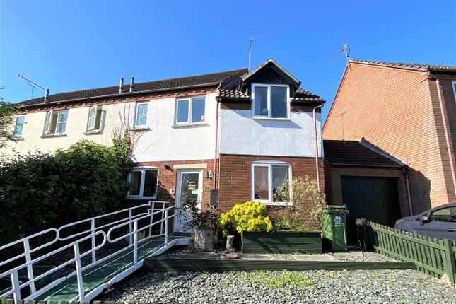 3 bed end terrace house for sale in Orchard Rise, Newnham GL14