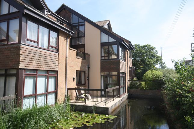 Thumbnail Flat for sale in Barton Green, New Milton