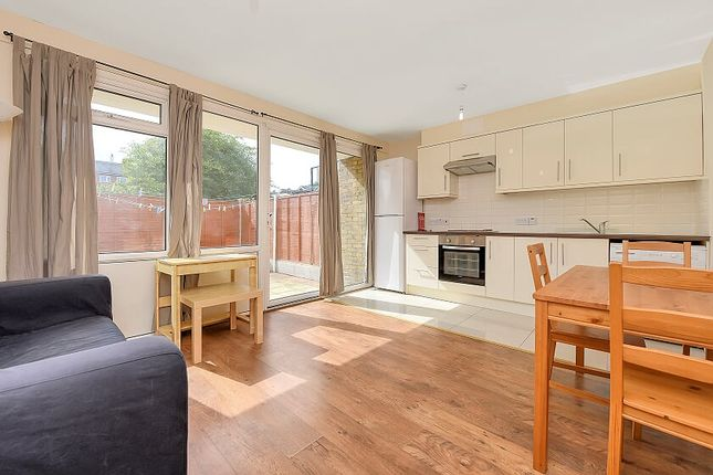 Thumbnail Flat to rent in Churchward Gardens, Kennington