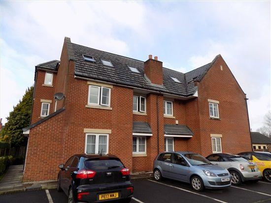 Thumbnail Flat to rent in Woodville Road, Penwortham, Preston
