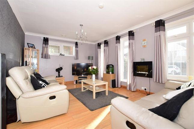 Thumbnail Detached bungalow for sale in Cumberland Avenue, Welling, Kent