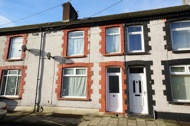 Thumbnail Maisonette for sale in Alexandra Road, Ynysddu, Newport