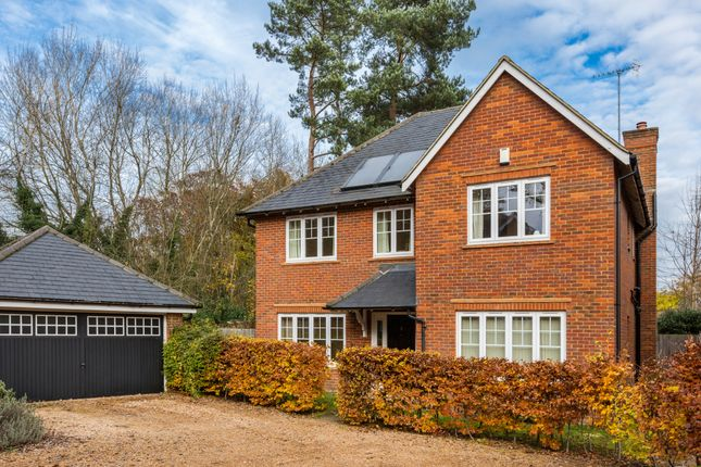 4 bed detached house for sale in Glebe Close, Lingfield