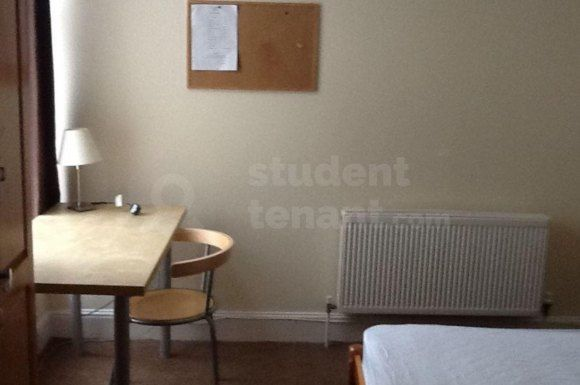 Thumbnail Shared accommodation to rent in Margate Road, Southsea, Portsmouth