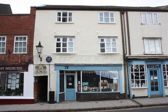 Thumbnail Flat to rent in Castle Street, Hinckley, Leicestershire