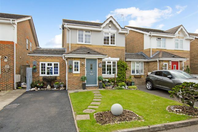 Thumbnail Detached house for sale in Wepham Close, Yeading, Hayes
