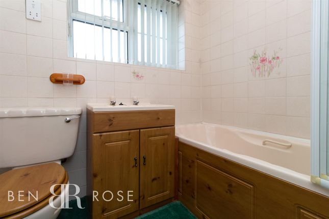Family Bathroom of Long Croft Meadow, Chorley PR7