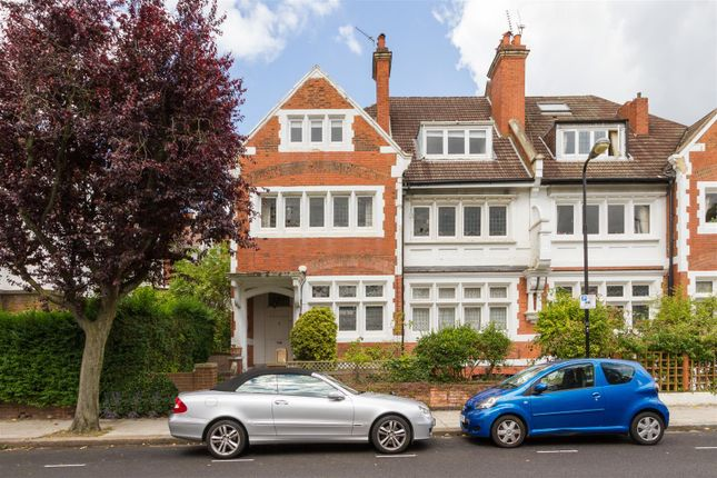 Thumbnail Flat for sale in Kidderpore Gardens, Hampstead, London