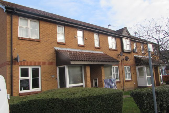 Maisonette to rent in Abbotswood Way, Hayes