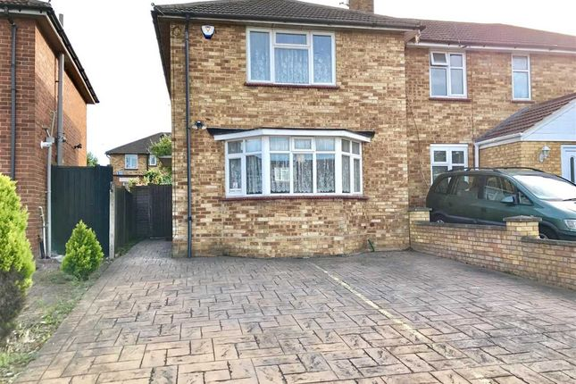 2 bed semi-detached house to rent in Green Lane, Edgware, Edgware