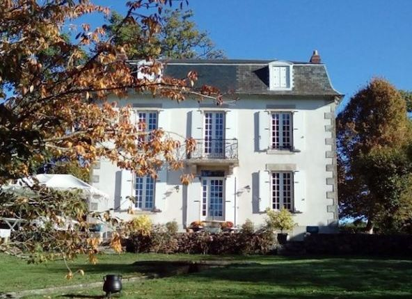 Thumbnail Country house for sale in Limoges, Limousin, 87000, France