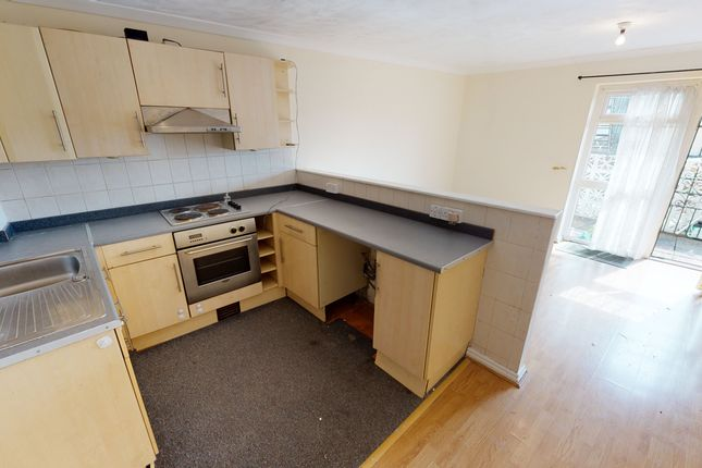 Thumbnail Flat to rent in Windsor House, Windsor Road, Penarth