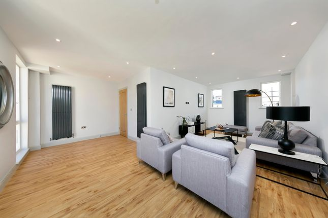 Thumbnail Terraced house to rent in Old Bakery Mews, Hampton Wick, Kingston Upon Thames