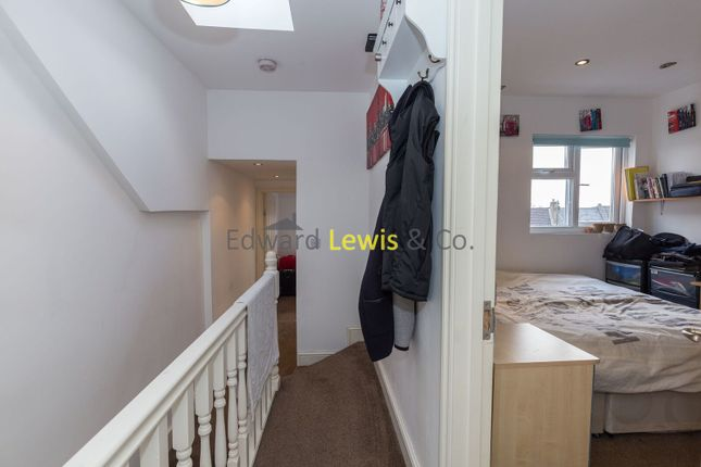 Thumbnail Duplex to rent in Downsfield Road, London