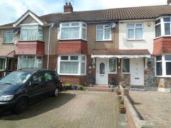Thumbnail Terraced house for sale in Northfield Road, Waltham Cross