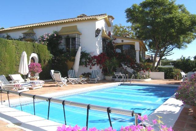4 bed villa for sale in Spain, Málaga, Marbella