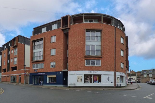 Thumbnail Flat for sale in Castle Lane, Bedford