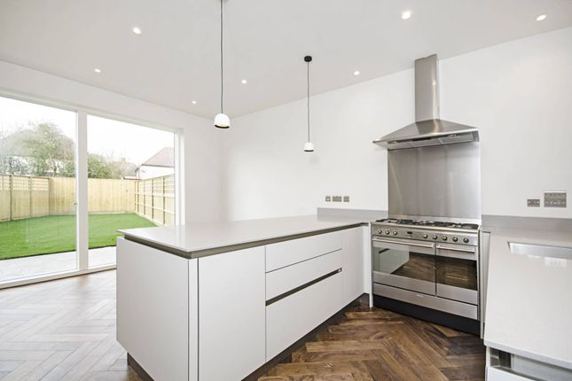Thumbnail Flat for sale in Rainbird Close, Perivale