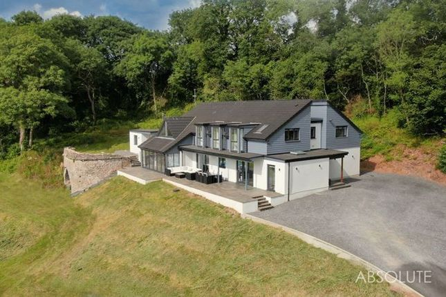 Thumbnail Country house for sale in Marldon, Paignton