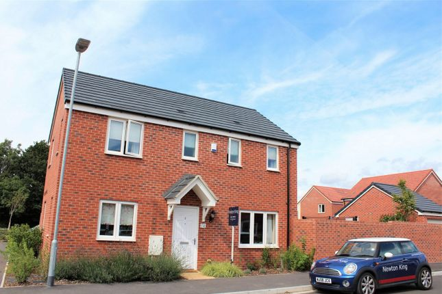 Thumbnail Detached house to rent in Reeves Close, Bathpool, Taunton