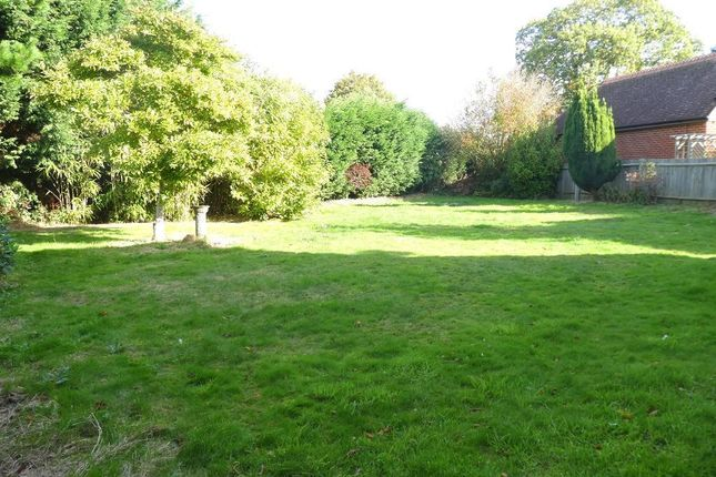 Photo 15 of Pinewood Gardens, Tunbridge Wells TN4