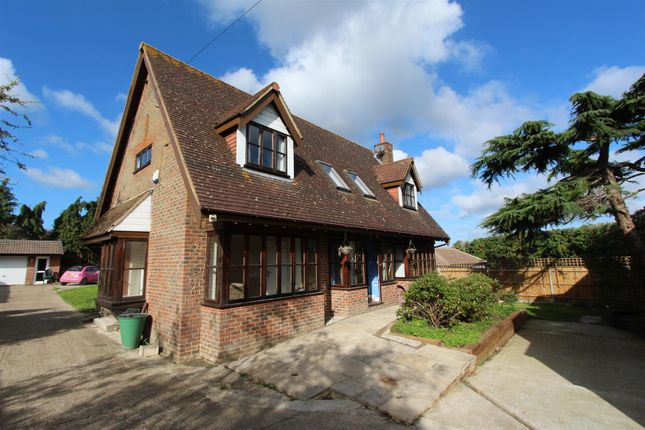 Thumbnail Detached house for sale in Carshalton Road, Banstead