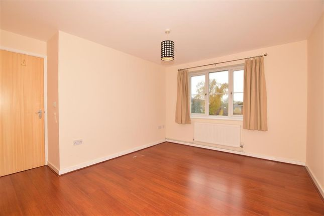 Bedroom 1 of Herent Drive, Clayhall, Ilford, Essex IG5