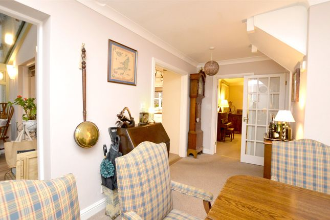 Picture No. 22 of September Cottage Selsley Road, North Woodchester, Stroud, Gloucestershire GL5