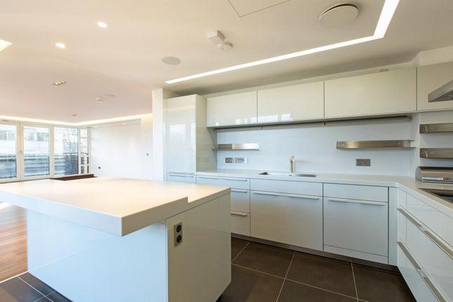 Thumbnail Flat to rent in The Atrium, 131 Park Road, St John's Wood, London