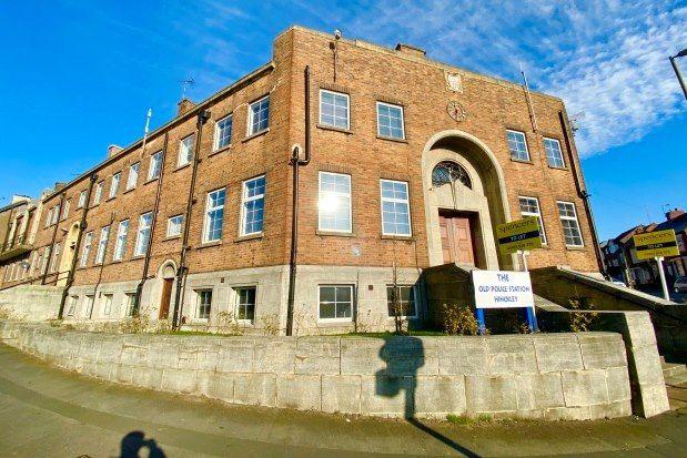 2 bed flat to rent in Upper Bond Street, Hinckley LE10